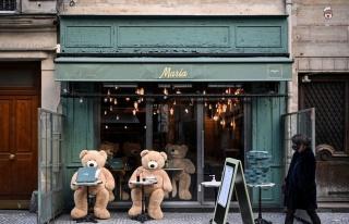 Fransa'da Bazı Bakanlar, Kaçak Restoranlarda Kovid-19...