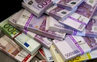 Fransa'da devletten yoksulluk yardımı alan Türk...