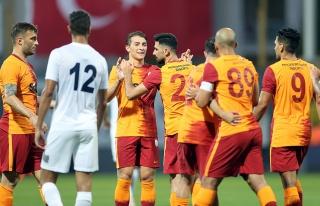 Galatasaray hazırlık maçında Kasımpaşa'yı 4-2...