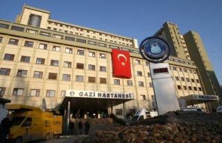 Gazi Üniversitesi Hastanesi'nde Bıçaklı Saldırı:...