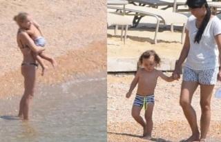 Gülşen oğluyla plajda görüntülendi