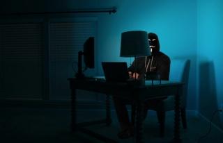 Hacker Sitesinde İlan: '70 Bin Liraya Yakalama, Arama...