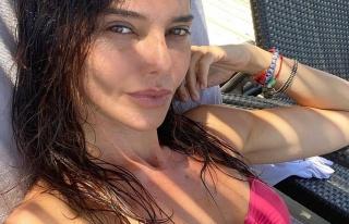 Hande Ataizi'nin tatil paylaşımları sürüyor