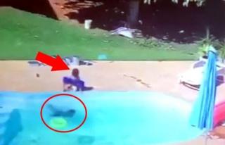 Havuza düşen bir yaşındaki çocuğu arkadaşı...