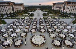 Hazer Amani: 'Cumhurbaşkanlığı Yemeklerinin Harcamalarını...
