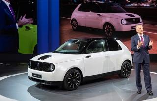 Honda e'nin seri üretim versiyonu ilk kez görücüye...