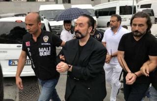 Hukukçular Açıkladı: Adnan Oktar Kaç Yıl Ceza...