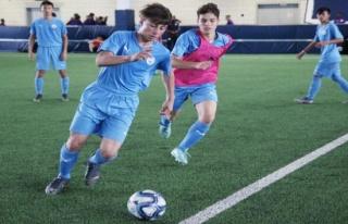 İki Türk genci dünya devi Manchester City'nin...