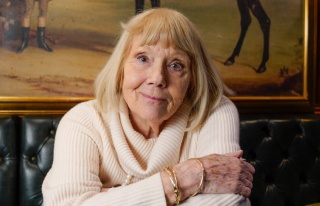 İngiliz aktris Diana Rigg, 82 yaşında hayatını...