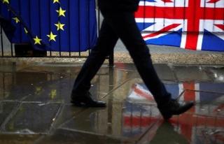 İngiliz hükümeti anlaşmasız Brexit senaryosunu...