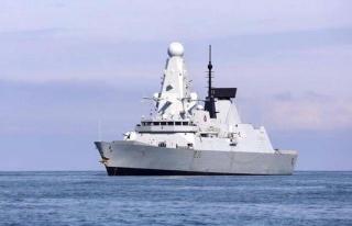İngiliz savaş gemisine uyarı ateşi açan Rusya,...