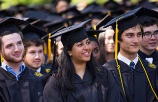 İngiltere'de yabancı öğrenciler mezun olduktan...