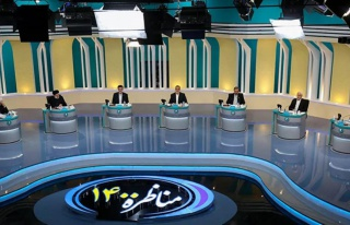 İran cumhurbaşkanı adaylarının televizyon tartışmasında...