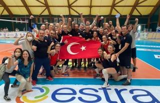 İşitme Engelliler Kadın Voleybol Milli Takımı...