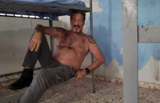 İspanya'da Tutukluydu: ABD'li Virüs Yazılımcısı...