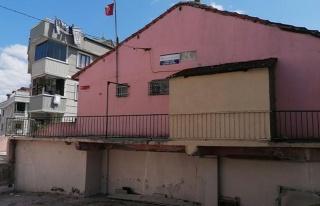 İstanbul'da Bodrum Katlarda Sıbyan Okulları: 'Cemaate...