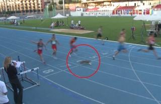 İstanbul'daki 100 Metre Yarışını 7 Atlet ile...