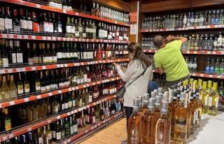 İstanbul Valiliği'nden 'Alkol Satışı' Açıklaması