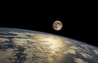 Japon ve İsrailli Firmalar Ay Toprağından Oksijen...
