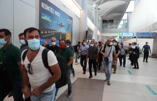 Kabil'den Tahliye Edilen Türkler Anlattı: 'Afganlar...