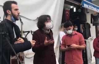 Kadıköy'de Müzik Yapan Gençlere Zabıta Engeli:...