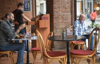 Kafe ve Restoranlara Avrupa Modeli: Bahçesi Olan...