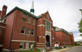 Kanada'da Bir Okuldaki Toplu Mezarda 215 'Yerli Çocuğun'...