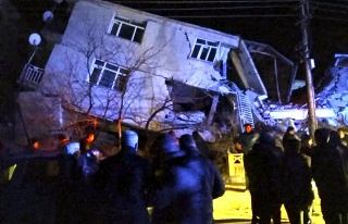 Kandilli'den Elazığ Depremi Açıklaması: Artçı...