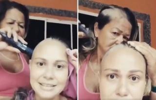 Kanser Tedavisi Göre Kızının Saçlarını Kazırken...
