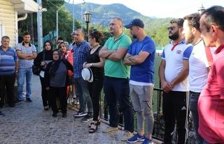Karabükspor'dan maaşlarını alamayan eski çalışanlar...