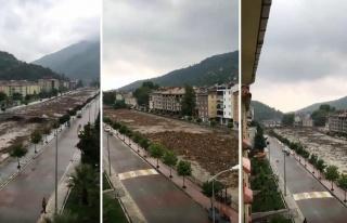 Kastamonu Bozkurt'ta Sel Felaketinin İlçe Merkezine...