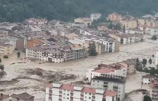 Kastamonu'da Yaşanan Sel Felaketinin Havadan Kaydedilen...