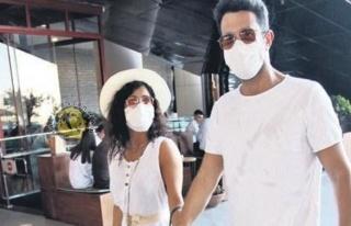 Keremcem ve İranlı sevgilisi maskesiz adım atmıyor