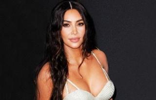 Kim Kardashian, annesinin sevgilisiyle dalga geçti