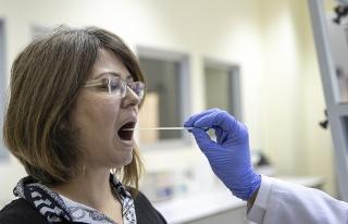 Koronavirüste Günlük Vaka Sayısı 9 Binin Altında