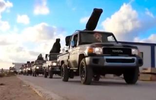 Libya'da darbeci Hafter'e ast güçler, Sirte'ye binlerce...