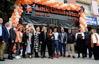Little Caesars, Sultanbeyli'de 100. şubesini açtı