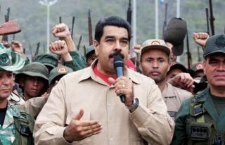Maduro'dan gövde gösterisi: Zamanı geldi