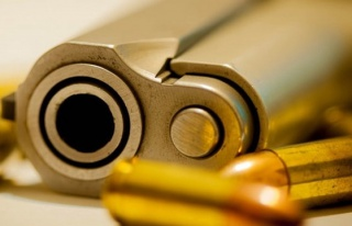 Manisa'da silahlı kavgada yaralanan şahıs hayatını...