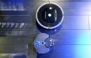 Merdiven çıkan robot süpürge