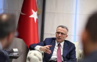 Merkez Bankası'nda Deprem: Naci Ağbal Görevden...