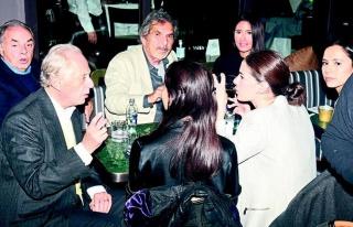 Metin Fadıllıoğlu ve Faruk Süren'in maskesiz-mesafesiz...