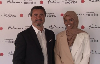 Modanisa global mottosunu tüm dünyaya Halima Aden...