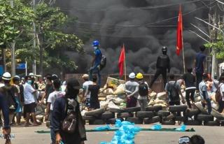 Myanmar ordusu korku salmaya devam ediyor! Öldürdükleri...