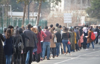 OECD Raporu: Türkiye'de 4 Gençten Neredeyse 3'ü...