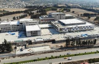 Osmaniye Devlet Hastanesi inşaatının yüzde 76'sı...
