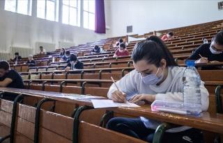 ÖSYM'nin İki Yıllık Sınav Geliri: 1.4 Milyar...