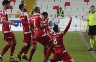 ÖZET İZLE: Sivasspor 1 - 0 Alanyaspor Maç Özeti...