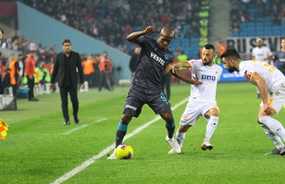 ÖZET İZLE: Trabzonspor 1-0 Alanyaspor Maçı Özeti...
