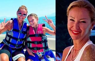 Pınar Altuğ kızıyla birlikte deniz paraşütü...